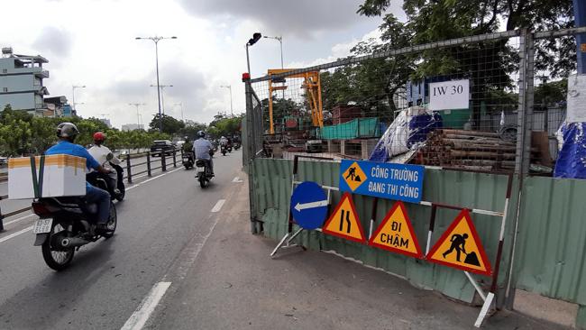 Các công trình thi công trên đường sẽ phải tạm ngưng thi công trong hai ngày 30/4 và 1/5.