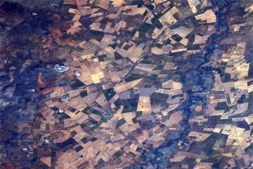 Hình ảnh Trái Đất đẹp tuyệt vời nhìn từ không gian - 10