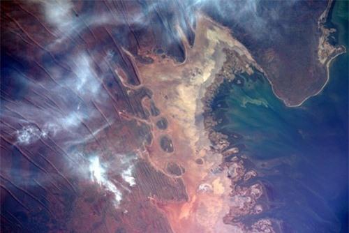 Hình ảnh Trái Đất đẹp tuyệt vời nhìn từ không gian - 9