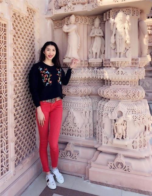 Nhan sắc tuổi 32 của cựu người mẫu Ngọc Quyên.