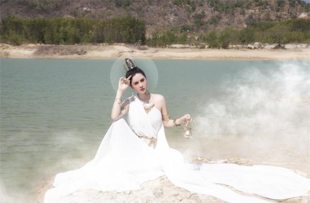 Người đẹp Triệu Hà Vy đẹp thoát tục trong bộ ảnh hóa thân nữ thần - 8