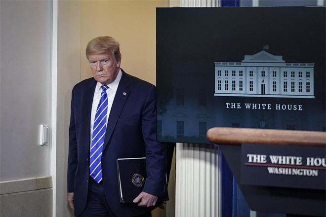 Thành tựu 3 năm đứng trước nguy cơ tan biến, TT Trump đi nước cờ độc khi gây chiến với Iran - Ảnh 4.