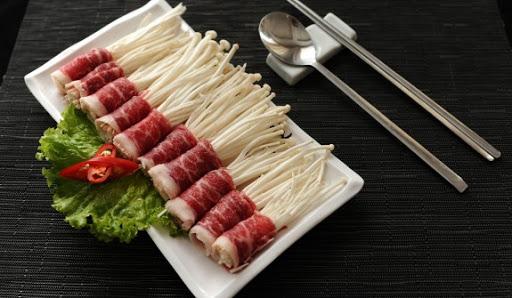Món thịt bò cuốn nấm thơm ngon