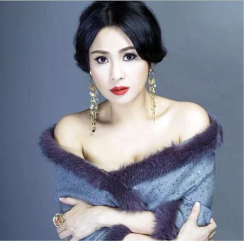 """Đặng Thu Thảo Hoa hậu Đặng Thu Thảo nổi tiếng với danh xưng """"thần tiên tỷ tỷ"""" nhờ vẻ ngoài đẹp thoát tục của mình."""
