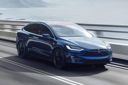 3. Tesla Model X Long Range Plus 2020 (quãng đường di chuyển/lần sạc: 528 km).