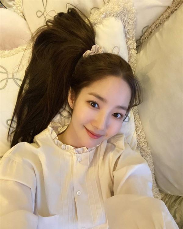 Học cách xinh tươi và 'hồi teen' như Park Min Young dù đã ngoài tuổi băm 1