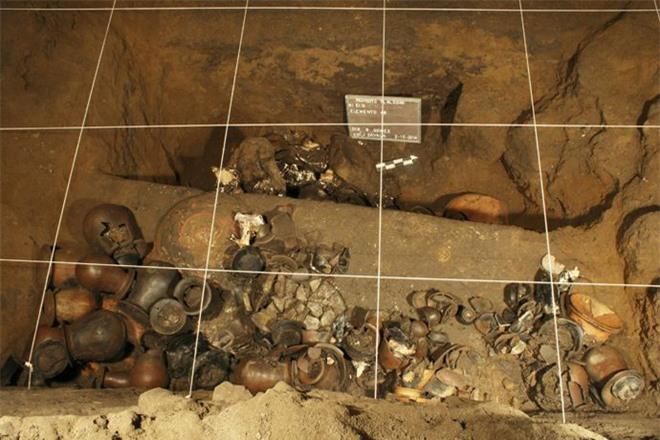 Ngạc nhiên phát hiện chất kịch độc ẩn trong kim tự tháp Rắn ở Mexico - Ảnh 2.
