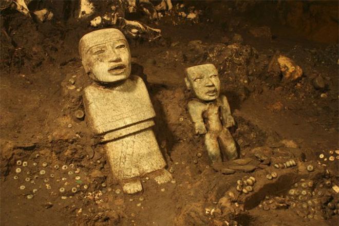 Ngạc nhiên phát hiện chất kịch độc ẩn trong kim tự tháp Rắn ở Mexico - Ảnh 4.