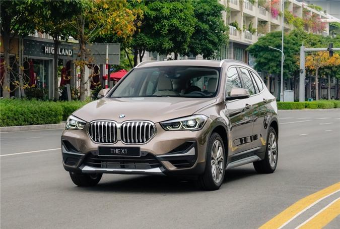 Ra mắt lần đầu tiên vào năm 2015, BMW X1 là mẫu xe hướng đến khách hàng trẻ tuổi, thể thao và năng động. Chiếc X1 vừa được ra mắt tại Việt Nam là phiên bản facelift, được giới thiệu trên thế giới hồi tháng 8/2019.