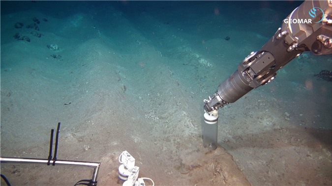 Sẽ mất hàng thập kỷ để đáy đại dương hồi phục sau hoạt động khai khoáng dưới biển của con người - Ảnh 2.