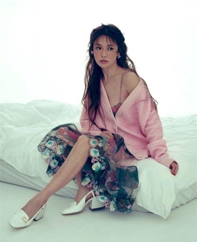 Song Hye Kyo mơ hồ hé lộ nguyên nhân chia tay Song Joong Ki - 5