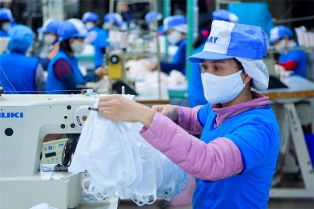 Việt Nam xuất đi hơn 415 triệu khẩu trang, giá chỉ 3.500 đồng/chiếc - 1