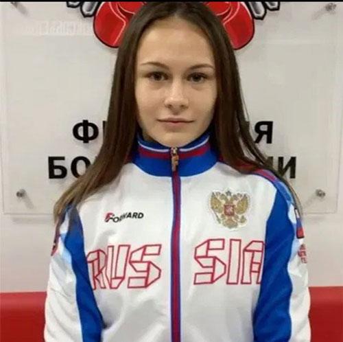 Ekaterina Paltseva: Cô gái 22 tuổi Ekaterina từng đăng quang ở giải vô địch châu Âu vào năm 2018. 1 năm sau, cô cũng đăng quang ở giải quyền Anh thế giới (AIBA)