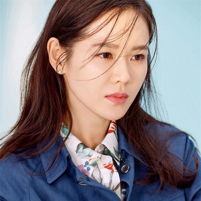 'Bộ tứ nữ thần' series phim Bốn Mùa xứ Hàn: Ai cũng lận đận tình duyên, chỉ mỗi Choi Ji Woo viên mãn 29