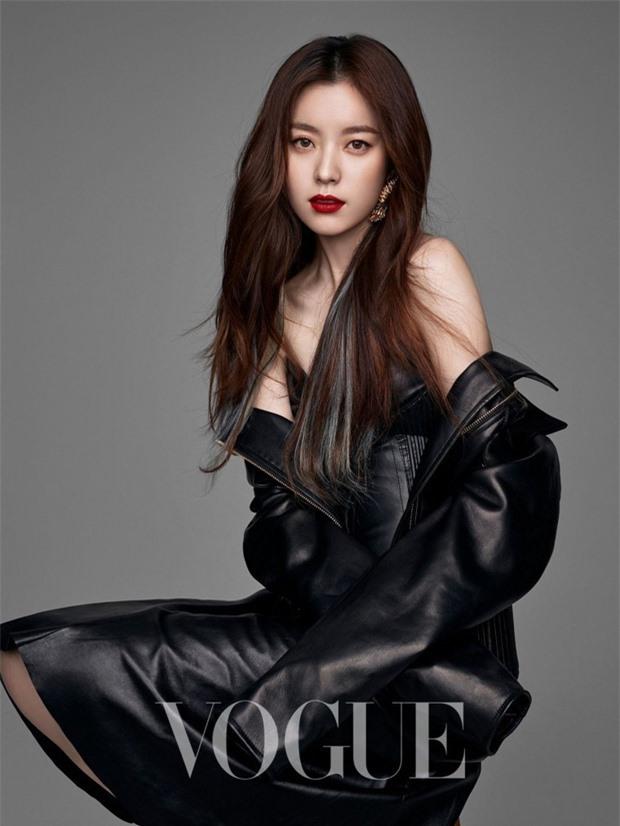 'Bộ tứ nữ thần' series phim Bốn Mùa xứ Hàn: Ai cũng lận đận tình duyên, chỉ mỗi Choi Ji Woo viên mãn 19