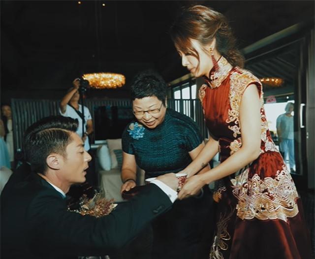 """Hoắc Kiến Hoa đập tan tin đồn bị """"ép cưới"""" sau 4 năm kết hôn - 5"""