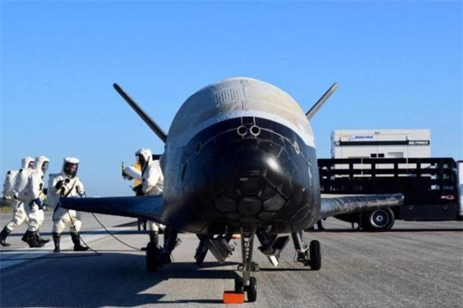 Máy bay vũ trụ siêu tối mật của Mỹ phóng lên quỹ đạo lần thứ 6, sẽ bay liên tục suốt 2 năm để thực hiện nhiệm vụ bí ẩn - Ảnh 1.