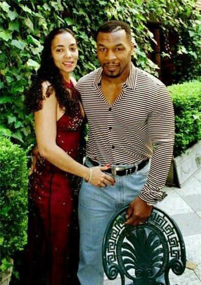 Mike Tyson từng bắt gặp vợ ngoại tình với Brad Pitt - Ảnh 3
