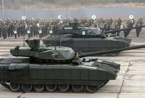 Siêu xe tăng T-14 Armata lần đầu tiên ra mắt trong cuộc diễu hành mừng Ngày Chiến thắng tháng 5/2015 tại Moscow