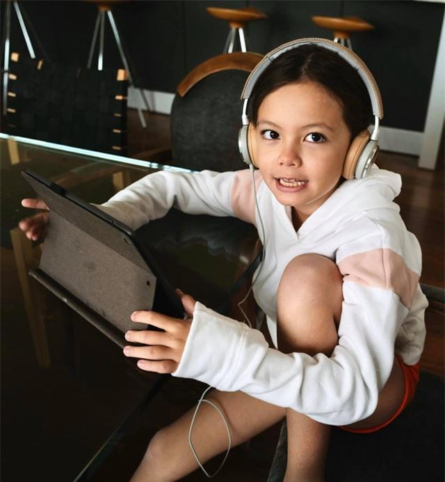 Cuộc sống bình yên của Diva Hồng Nhung cùng cặp song sinh tại biệt thự ở Mỹ - 16