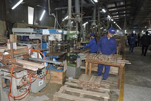 Đại dịch Covid-19 gây ảnh hưởng lớn đến xuất khẩu đồ gỗ của Việt Nam