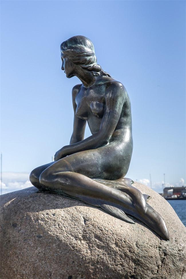 8 bí ẩn đằng sau các bức tượng kiệt tác nổi tiếng thế giới - Ảnh 3.