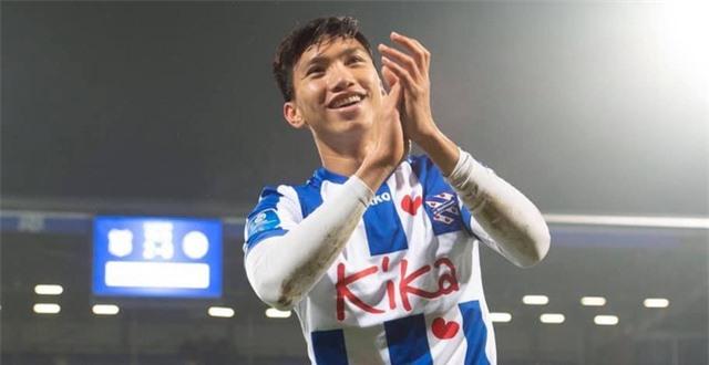 Cầu thủ Việt Nam ở nước ngoài: Vinh quang luôn đầy thách thức - 2