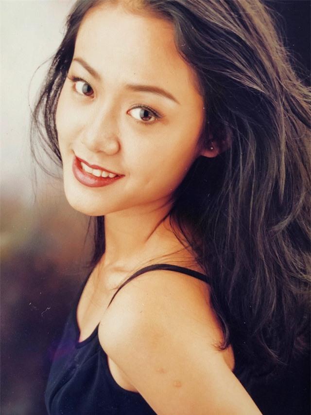 Loạt ảnh tuổi 20 chưa từng công bố của diễn viên Hồng Ánh - 16