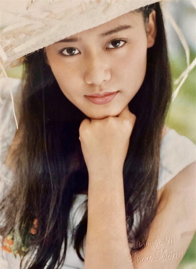 Loạt ảnh tuổi 20 chưa từng công bố của diễn viên Hồng Ánh - 4