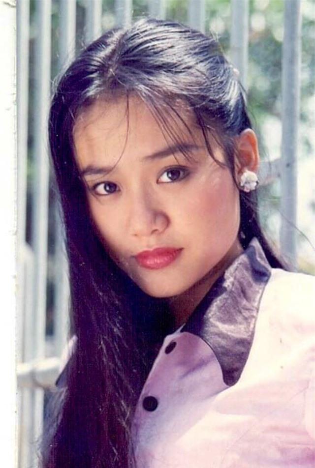 Loạt ảnh tuổi 20 chưa từng công bố của diễn viên Hồng Ánh - 7