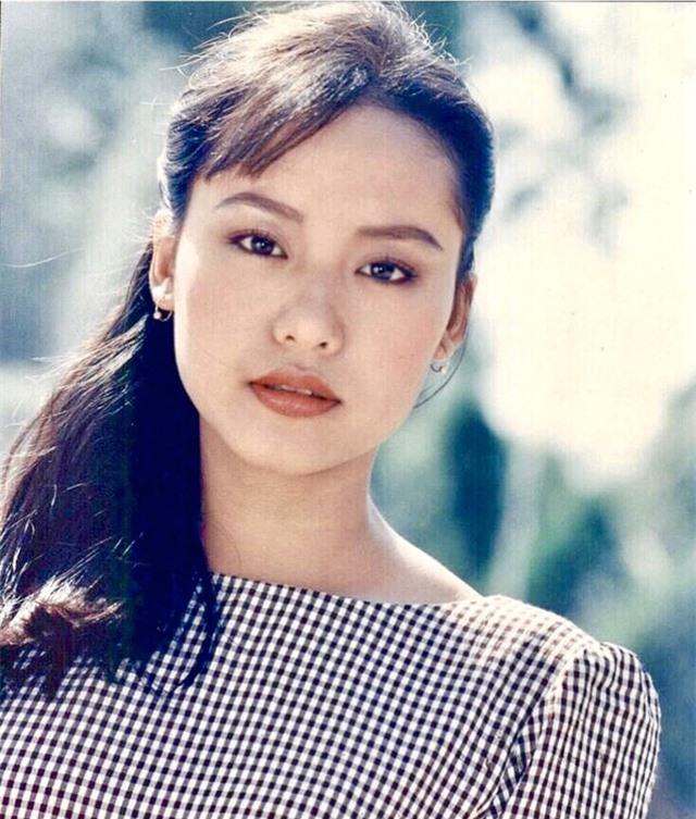 Loạt ảnh tuổi 20 chưa từng công bố của diễn viên Hồng Ánh - 9