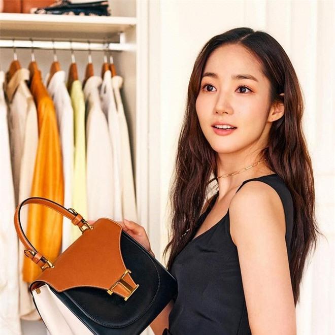 hye3-ngoisao.vn-w960-h960.jpg 1