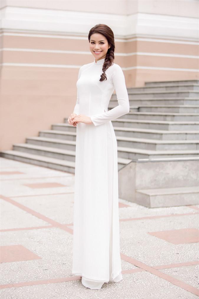 Vẻ đẹp tinh khôi gây thương nhớ của tà áo dài trắng  - Ảnh 4.