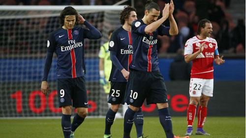Ibrahimovic và Edinson Cavani có mối quan hệ chẳng mấy tốt đẹp khi còn cùng khoác áo Paris Saint-Germain