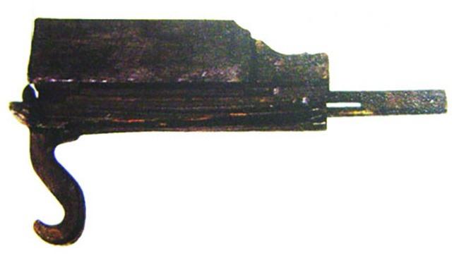 5 vũ khí uy lực nhất thế giới cổ đại nhưng lại biến mất khó hiểu về sau - Ảnh 3.