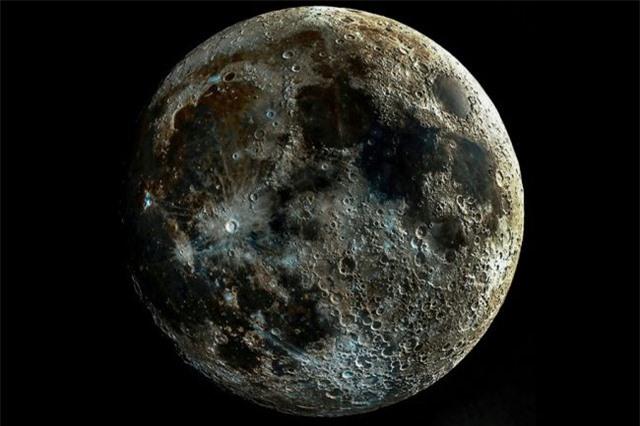"""Bức ảnh """"siêu thực"""" của bề mặt Mặt Trăng - 1"""