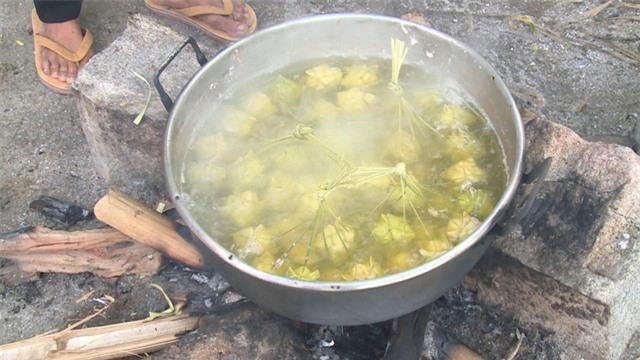 Đặc sản Bánh Kà Tum An Giang - Ảnh 2.