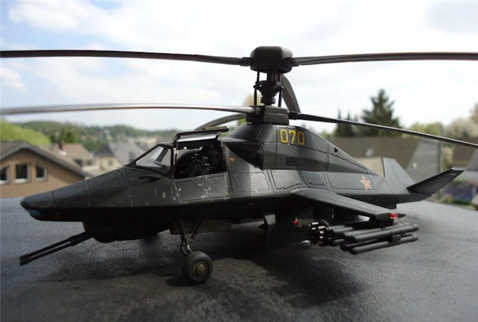 Tiết lộ trực thăng tấn công Ka-58 Bóng ma đêm mới nhất của Nga: Sát thủ tuyệt mật - Ảnh 3.