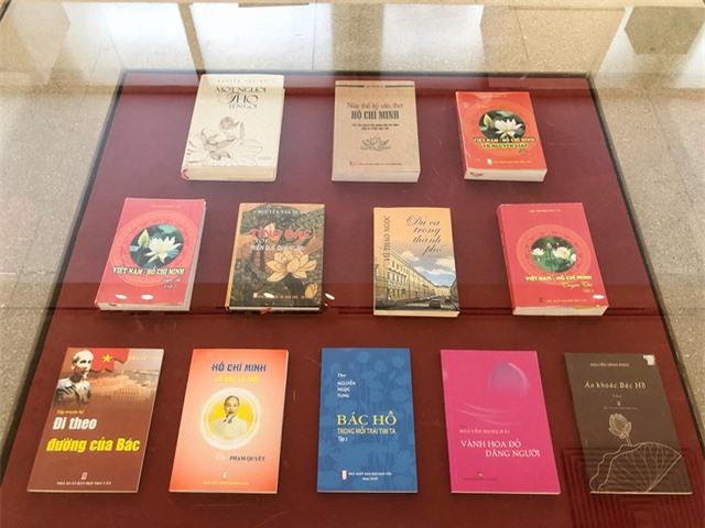 Triển lãm đặc biệt về Hồ Chủ tịch, một số hiện vật quý lần đầu xuất hiện - Ảnh 5.