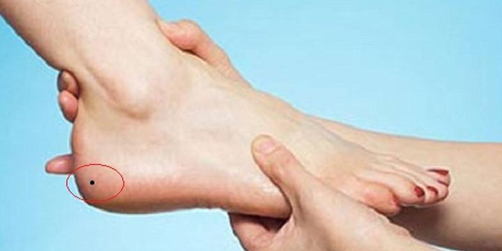 Nốt ruồi ở chân nói lên vận mệnh của con người