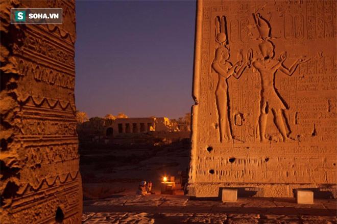 Bí ẩn lăng mộ nữ hoàng Cleopatra: Sau 2000 năm vô vọng, các nhà khảo cổ đã tiến rất gần! - Ảnh 2.