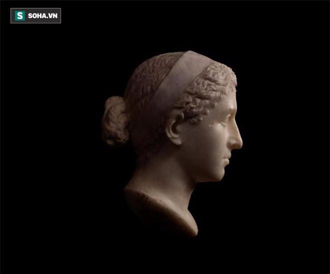 Bí ẩn lăng mộ nữ hoàng Cleopatra: Sau 2000 năm vô vọng, các nhà khảo cổ đã tiến rất gần! - Ảnh 3.
