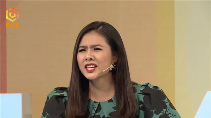 Diễn viên Vân Trang bật dậy khỏi bàn, tranh cãi kịch liệt với Tường Vi vì bất đồng quan điểm - Ảnh 5.