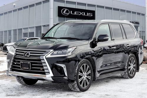 Lexus LX 570 2020.