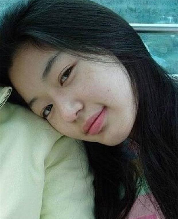 Không thể tin nổi đây là ảnh mặt mộc 100% của 'mợ chảnh' Jeon Ji Hyun thời trẻ: Da lấm tấm tàn nhang vẫn đẹp không thốt nên lời 6