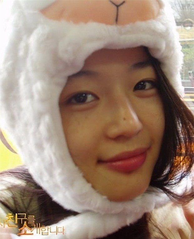 Không thể tin nổi đây là ảnh mặt mộc 100% của 'mợ chảnh' Jeon Ji Hyun thời trẻ: Da lấm tấm tàn nhang vẫn đẹp không thốt nên lời 3