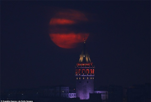 Ngất ngây trước vẻ đẹp của siêu trăng trên khắp thế giới - 2