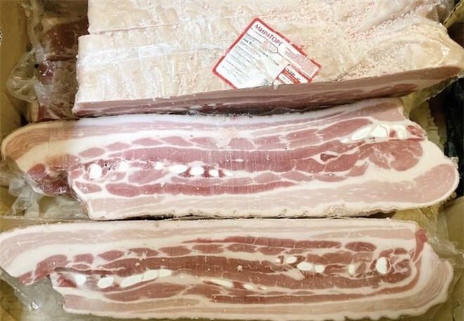 Nhộn nhịp mua bán thịt lợn nhập khẩu trên mạng vì giá rẻ-2