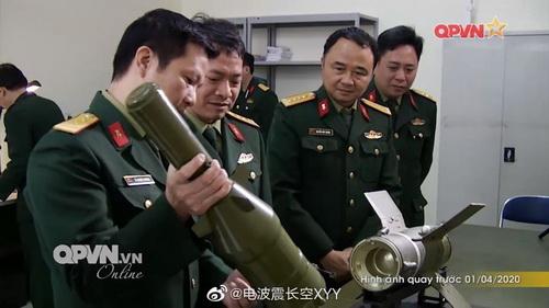 Hình ảnh tên lửa chống tăng CTVN-18 trên báo Trung Quốc. Ảnh: Sina.