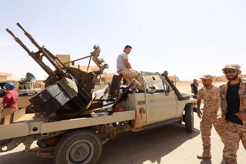 Tình hình chiến sự tại Libya vẫn đang diễn biến căng thẳng. Ảnh: Al Masdar News.